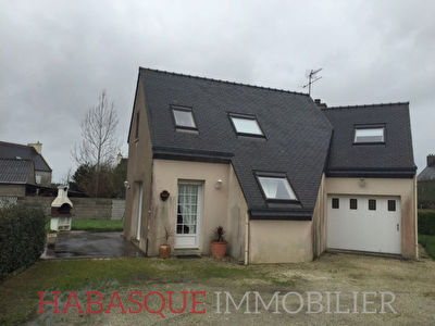 Immobilier kerlouan a louer locati maison kerlouan for Location garage landerneau